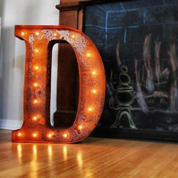 "24"" Letter D Lighted Vintage Marquee Letters (Rustic)"