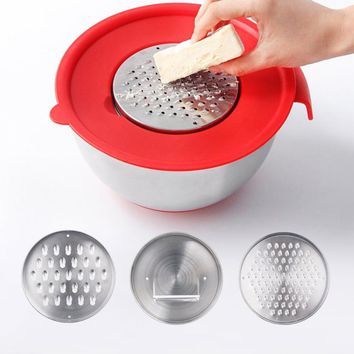CHANOVEL 1.5L Stainless Steel Mixing Bowl (2 Graters, 1 Slicer Inserts)