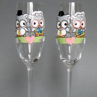 Hand Painted Wedding Toasting Flutes Set Of 2 Personalized Champagne Glasses Wedding Theme Owls On Branch
