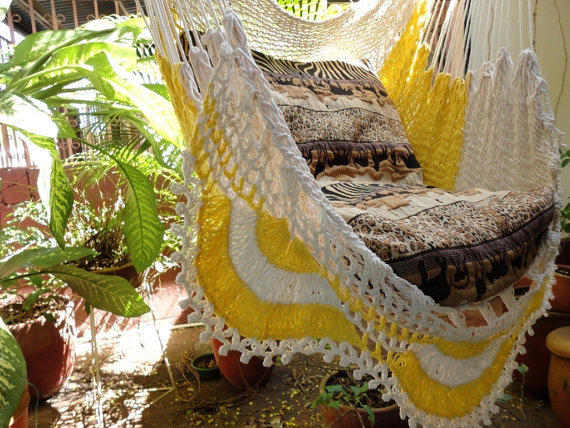 Beige and yellow Sitting Hammock with Fringe, Hanging Chair Natural Cotton and Wood