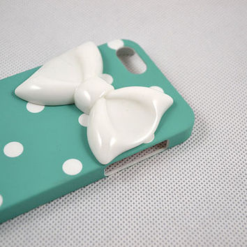 iPhone 5 case, custom cute iPhone 5 case, bow iPhone 5 case, unique white bow iPhone 5 case