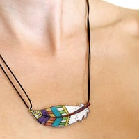 Feather necklace by lacravatteduchien on Etsy