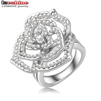 Loved Rose Shape Engagement Rings/Promise Ring Pave Czech Crystals Fashion Jewelry
