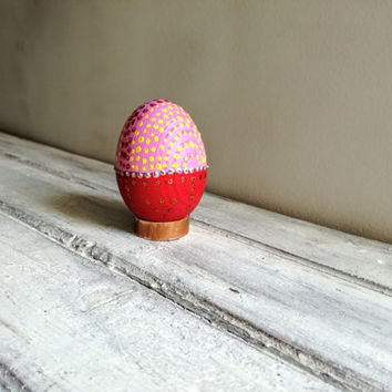 Red Easter egg, wooden Easter egg on a copper base, red pink gold Easter egg, decorative Easter egg gift, hand painted egg on metal  base
