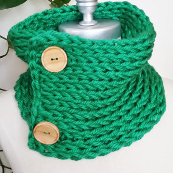 Kelly Green Scarf, Knit, Wooden Button Neckwarmer, Chunky Knit Scarf for Spring and St. Patrick's Day