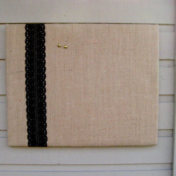 Country Chic Burlap and Lace Bulletin Board, Photo Memory Board, Dorm Decor, French Memo Board, Wedding decor