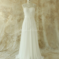Ivory chiffon lace wedding dress