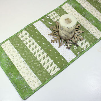 Christmas Table Runner in Green and Ivory Strips, Quilted Table Runner