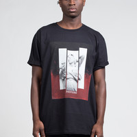 Blinded Triptych Statue Tee in Black