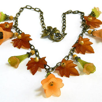 Fall Flower Necklace Handcrafted Lucite Leaves Beaded Short Chain