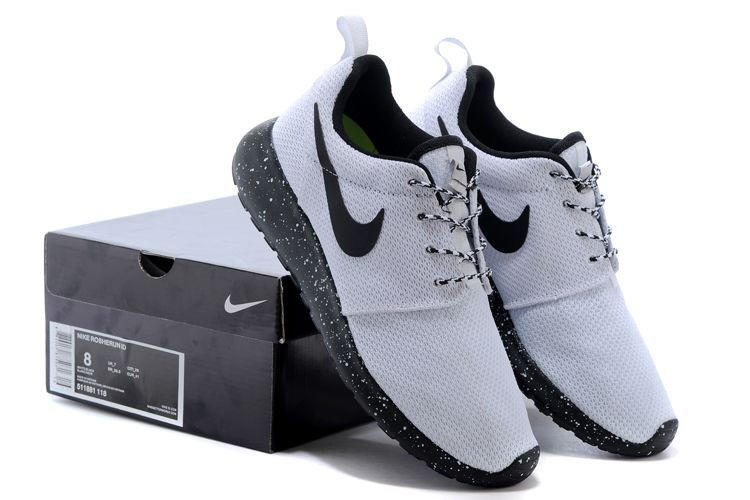 e92f2c0642a n061 - Nike Roshe Run (Oreo Black White) from shopzaping.com