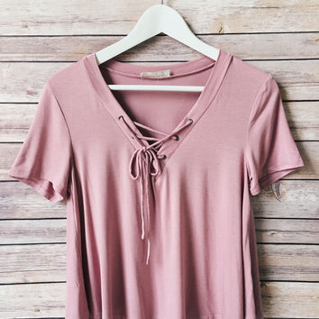 Claudia Lace Up Tee (Dusty Pink)