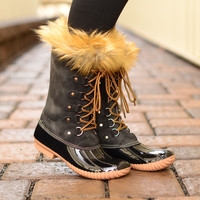 Snowed In Boots- Black