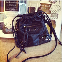 Women fashion handbags on sale = 4481913924