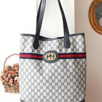 Gucci Bag Monogram Big Logo vintage Large Shoulder Bag