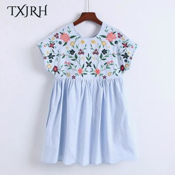 TXJRH Sweet Floral Embroidery Back Cross Tied Bow Short Sleeve Playsuits Loose Short Cute Lolita Style Women 2 Colors K17-04-20