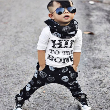 2017 autumn baby boy clothing sets, fabric soft and comfortable warm baby girl clothing long-sleeved + pants 2pcs sets