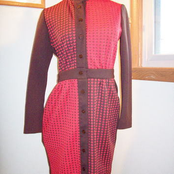 Amazing Vintage 60s Card Suits Scooter Girl Mini Dress / Coplins / Brown And Red
