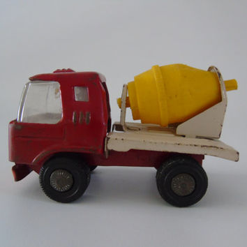 Vintage 1970s Japan Toy Truck Cement Mixer Metal Toy Construction Vehicle