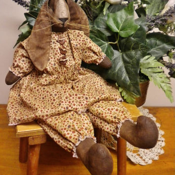 Primitive Rabbit Doll, Folk Art Rabbits, Bunny Rabbit Dolls, Spring Country Decor, Easter Bunnies