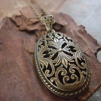 BRONZE MEDALLION delicate filigree and long by AsaiBolivien 10,90 US$