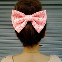CORAL LACE OVERSIZE BOW HAIR CLIP