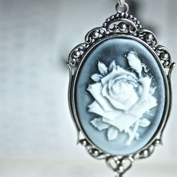 Rose Necklace - Ivory Hazy Black FLower Cameo