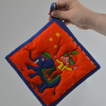 Handmade square hot pot holder sewn of cotton fabric Elephant in Circus
