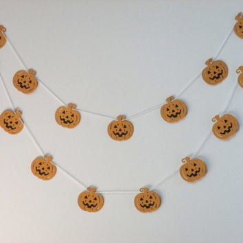 Halloween - Jack o Lantern - Pumpkin Garland - Fall Thanksgiving