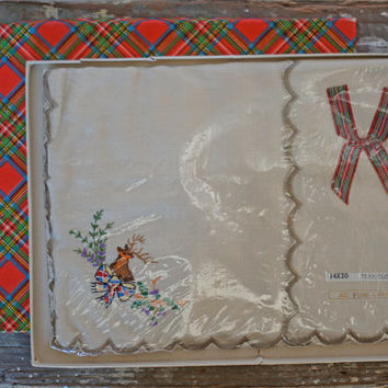Vintage Linen Tray Cloth Embroidered Hunting Forest Stag Deer Floral Table Centre Center Small Tablecloth Runner Scalloped Edge Cloth