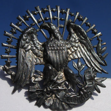 Button - Openwork Antique - 1940s - American Eagle - Pewter Picture Button