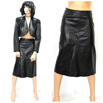 Black leather skirt  / size 7 / 9 / 90s gap black leather skirt  / M / high waisted grunge leather pencil skirt / SunnyBohoVintage