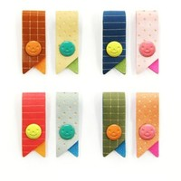 Smile Pattern Earphone Winder Set