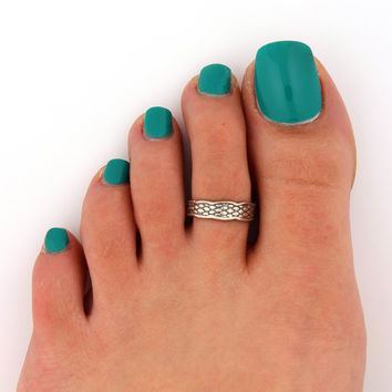 sterling silver Toe Ring Snakeskin design toe ring  (T-56) also knuckle ring