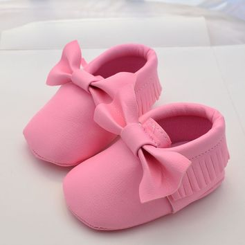 Baby Leather Shoes Girls First Walkers Newborn Baby Soft Tassels Waterproof Footwear for Babies Crib Prewalker Shoes Sneakers