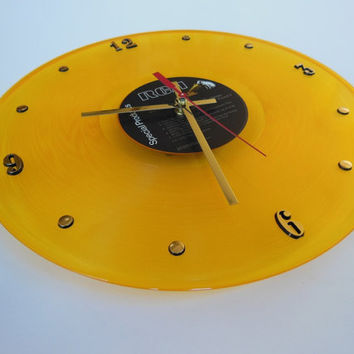 ELVIS PRESLEY Yellow Vinyl Record Wall Clock (Elvis)