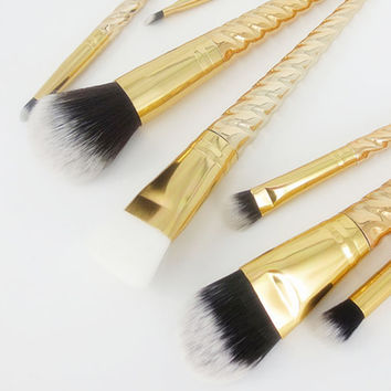 2017 7PCS Professional Makeup brushes Set Cosmetic Face Powder Foundation Eyebrow Eyeshadow Lip Brush Pinceaux maquillage Gold