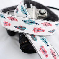 dSLR Camera Strap - White Retro Feathers- Feather Camera Strap - Nikon Camera Strap - Canon Camera Strap - Camera Accessories