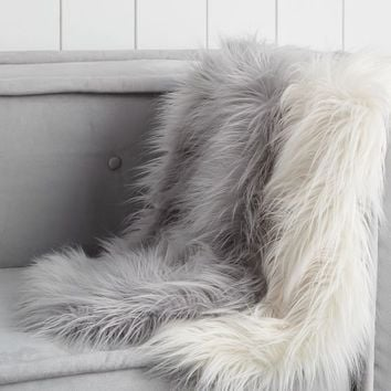 Dorm Faux-Fur Chair Throw