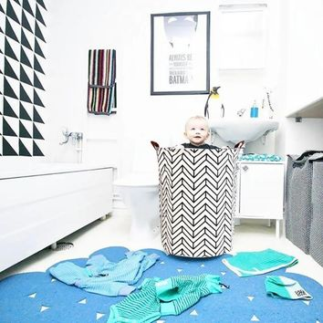 Collapsible Round Laundry Basket Hamper