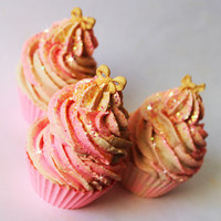 Viva La Juicy by Juicy Couture Cupcake Soap