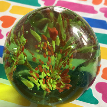 Vintage Round Artisan Glass Paperweight / Emerald Green Red Yellow Swirl Paperweight / Controlled Bubbles / Mid Century Art Desk Ornament