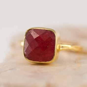 Red Ruby Ring- Gemstone Ring - Gold Ring - Bezel Ring - July Birthstone Ring - Stacking Ring