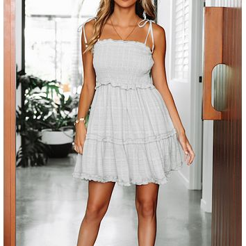 Summer new women's fashion sexy wrapped chest strap beach holiday dress