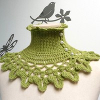 Lime green crochet neckwarmer, capelet with turtle neck, ruffled neckline and lace collar - victorian, bohemian style - NINU'