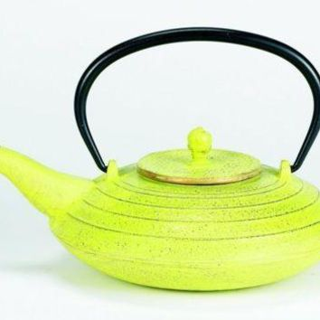 27 oz Celery and Gold Cast Iron Serendipity Teapot