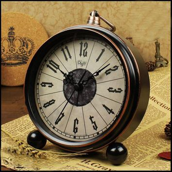 Vintage Retro Alarm Clock Desktop for Kids Bedroom Silence No Ticking 2016 New Arrival