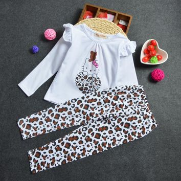 2PCS 2017 Fashion Style Girls Clothes Sets  Long sleeve Hello Kitty Tops + Leopard print Pants Clothing Sets for Girls