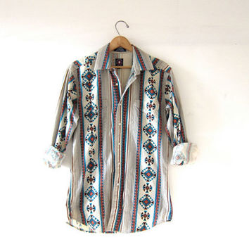Vintage Southwestern western shirt. Tribal print button down. Pearl snap shirt.