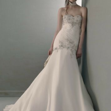 St. Pucchi Anastasia 705 Wedding Dress On Sale - Your Dream Dress
